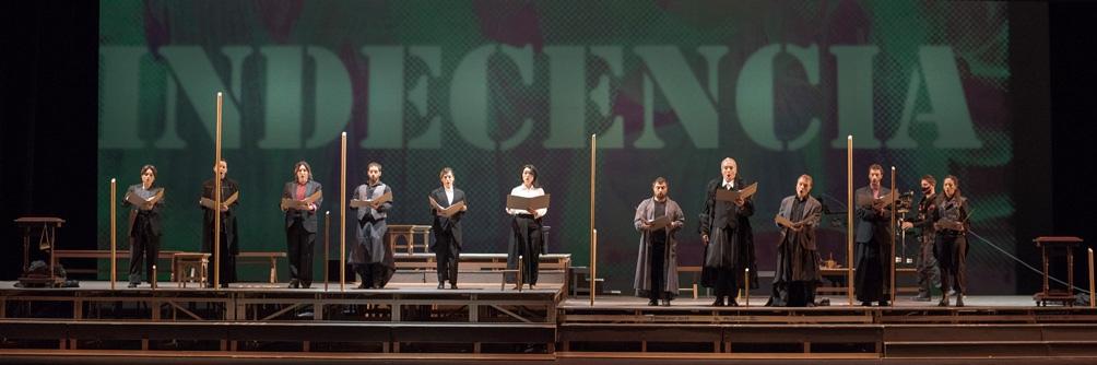"""Una desafiante puesta y ascética puesta en escena de """"Theodora"""" (Foto: Teatro Colón)"""