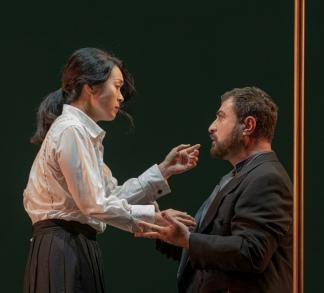 Yun Jung Choi y Martín Oro en los papeles principales (Foto: Teatro Colón)