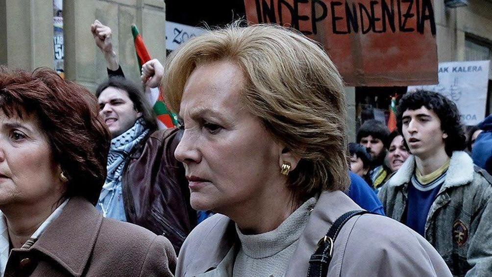 """Elena Irureta en """"Patria"""" ganadora del premio Platino como mejor interpretación femenina en serie o miniserie."""