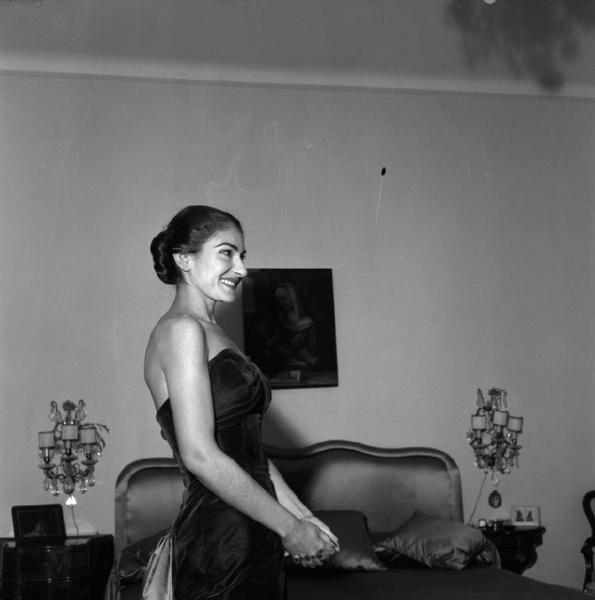 Il 28 maggio 1955 Maria Callas interpreta La Traviata a Milano