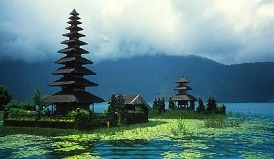 Radio Boracay TRAVEL Deals: Indonesia (Image: Indonesia-Tourism-Dot-Com)