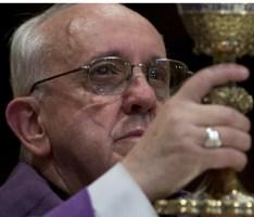 Papa Francisco é o primeiro jesuíta a ocupar o car...