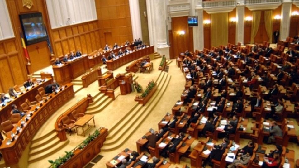 refugiatii parlament