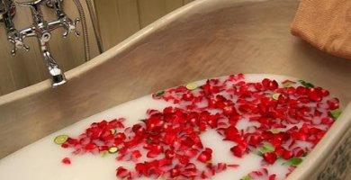Cómo Hacer un Baño de Florecimiento