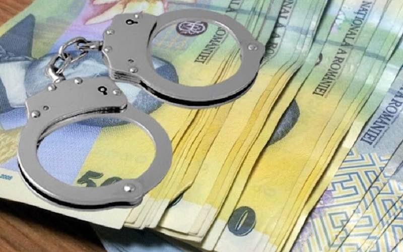 Legea care prevede că evazioniștii scapă de închisoare dacă acoperă prejudiciul sub 100.000 euro, promulgată
