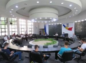 Vizită de documentare a unor liceeni tulceni la Consiliul Județean Tulcea