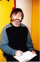 Lee Ranaldo de Sonic Youth sur les plateaux.