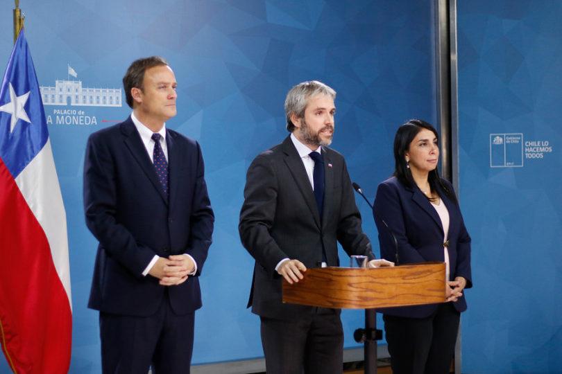 """Gobierno tras histórico acuerdo por nueva Constitución: """"La ciudadanía nos dio ejemplo de cómo actuar"""""""