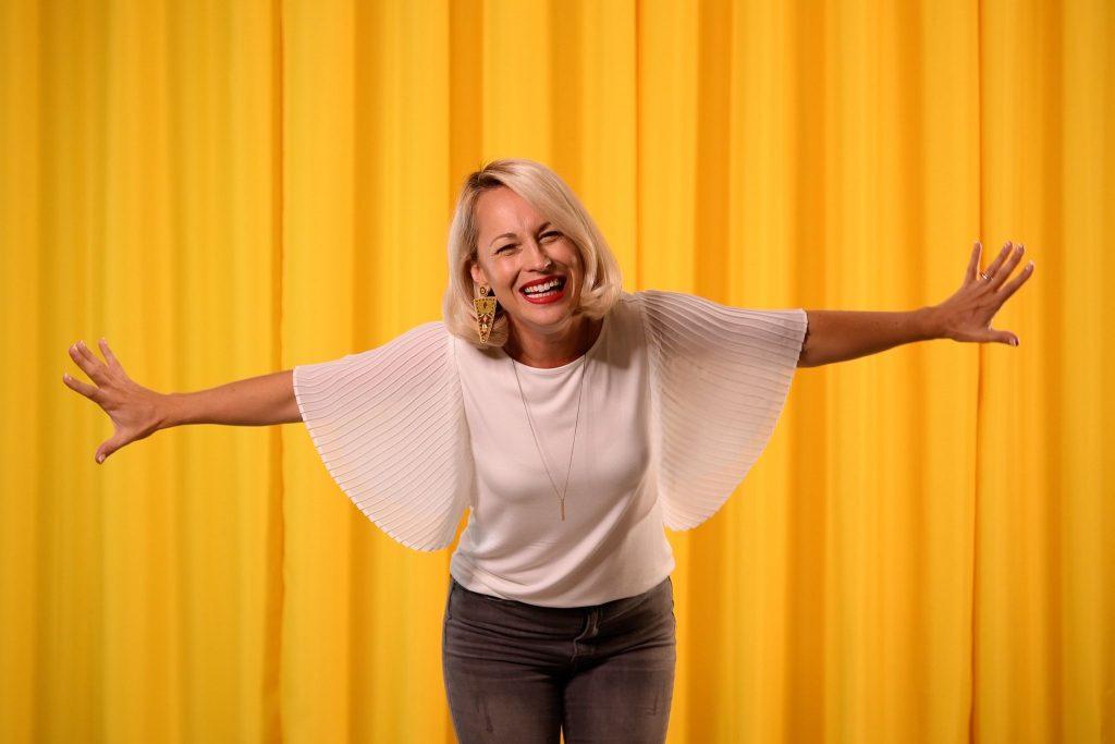 """Découvrez """"Éveille"""" le nouveau clip d'Émilie Charette"""