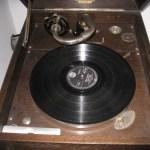 Reparacion Radios Antiguas - Gramófono la Voz de su Amo, año 1925 Radioexperto.com