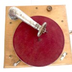 Gramofono phonographe Chocolat ibled- La Maison Centenaire