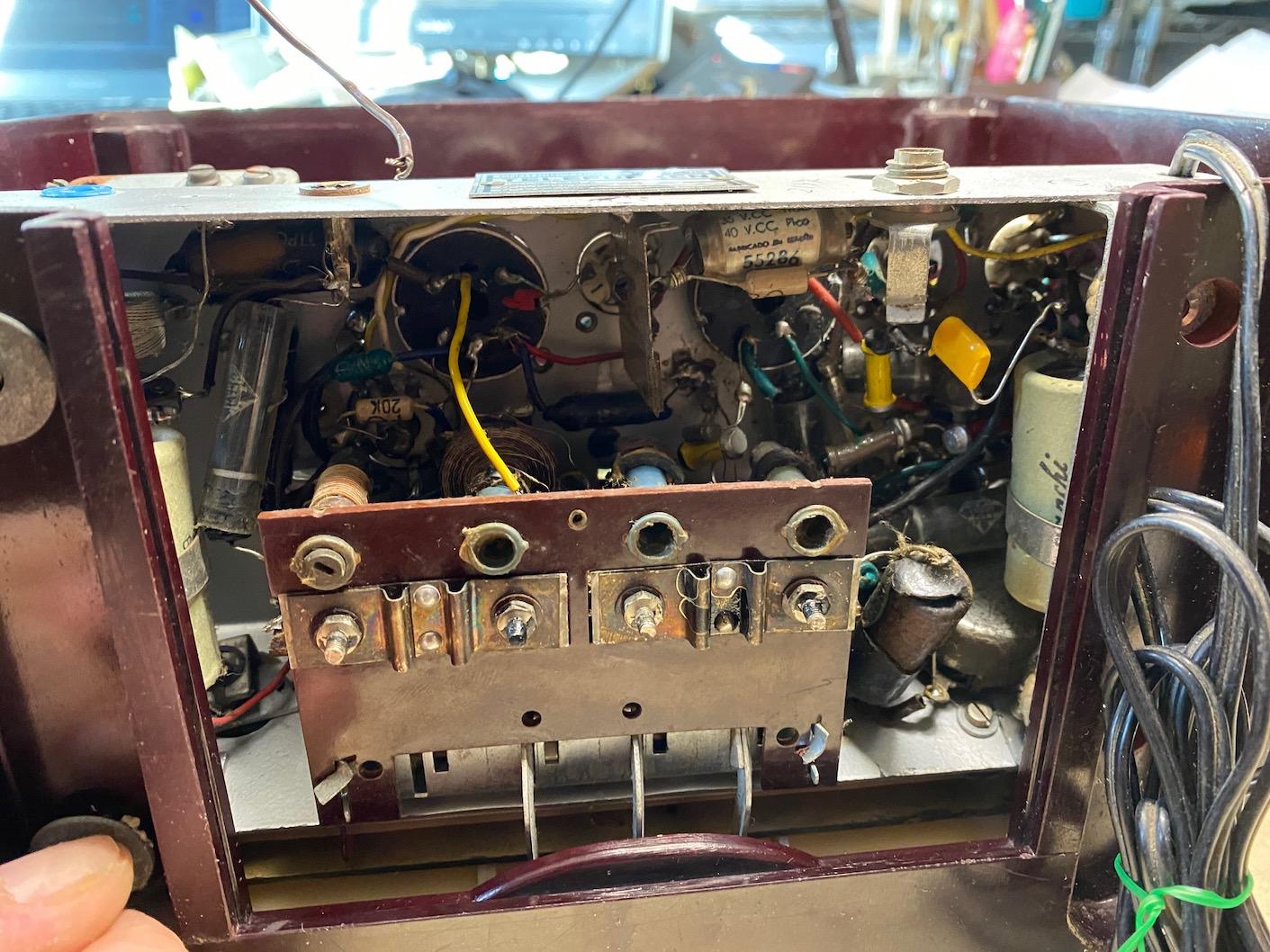 Telefunken Panchito 58 - reparacion tecnica Radioexperto.com