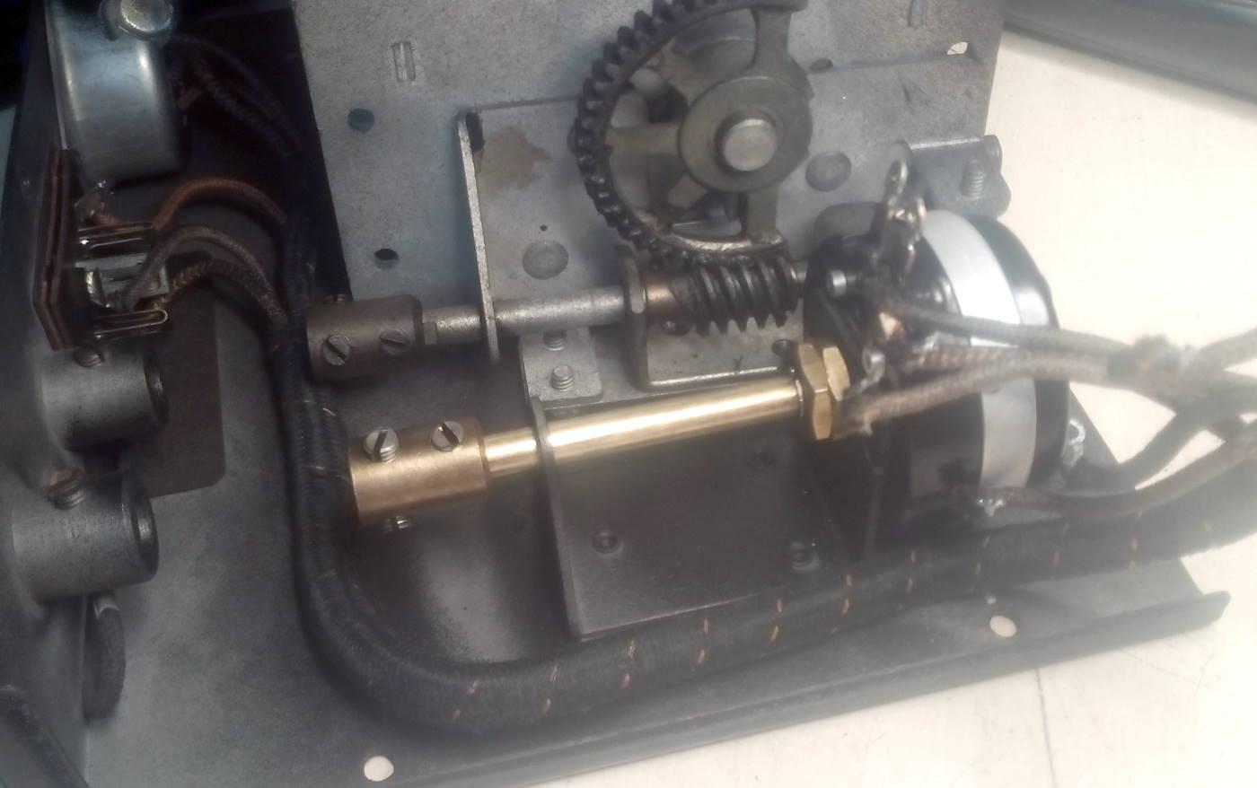 Reparación Potenciómetro radio antigua - Autoradio Philco mod 7 - pic25