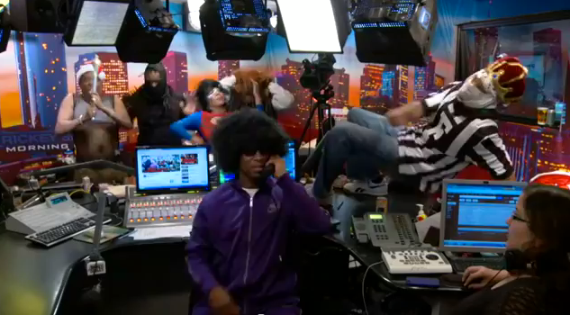 """Morning Funny: Check Out Rickey Smiley and Crew Doing the """"Harlem Shake"""""""