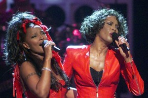 Whitney+Houston+performs+with+Mary+J+Blige+during+the+VH1+television+network's+broadcast+concert+Diva's+Live+99+at+New+York's+Beacon+Theatre,+April+1999
