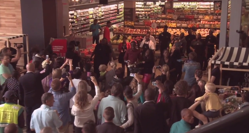 WOW! Flash Mob Style Choir Tribute to Nelson Mandela