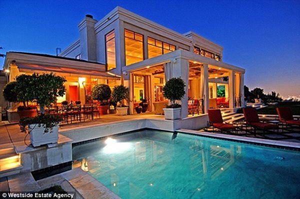 Dr Dre Sells Home for Hefty Profit 1