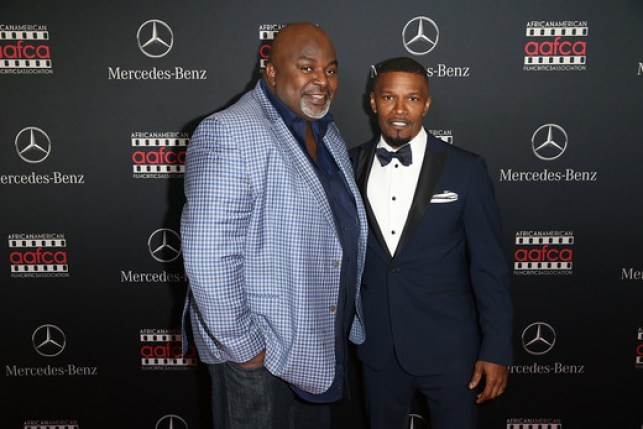 AAFCA Founder Gil Robertson and Jamie Foxx at the MERCEDES-BENZ & AAFCA Oscar viewing party in Hollwood