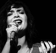"""Karl Lippgaus Diary of Jazz #28 / """"Partir"""" Erstes Solowerk der schweizerisch-albanischen Musikerin Elina Duni"""