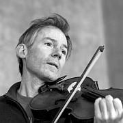 Das besondere Konzert: Garth Knox – Pocket Concerto für Viola und Violoncello