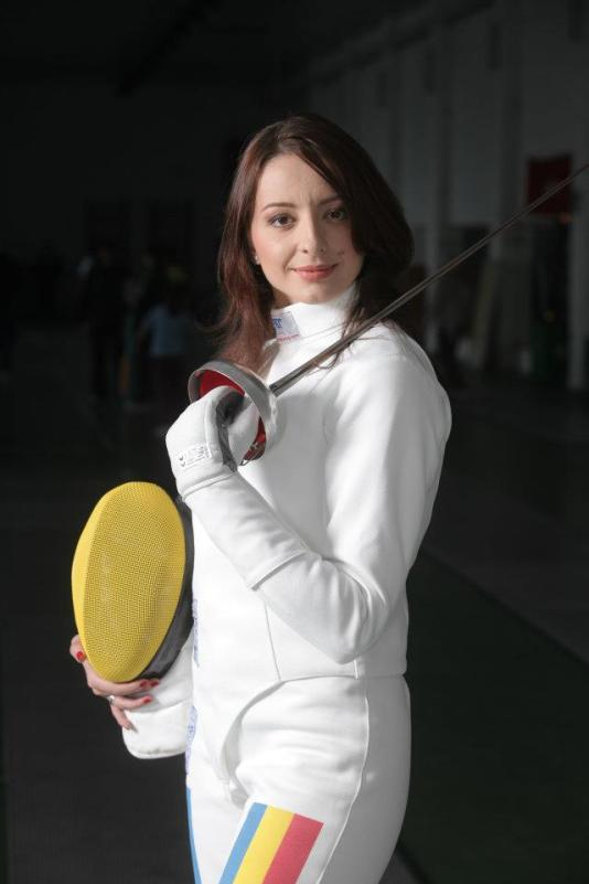 Ana-Maria-Branza-1