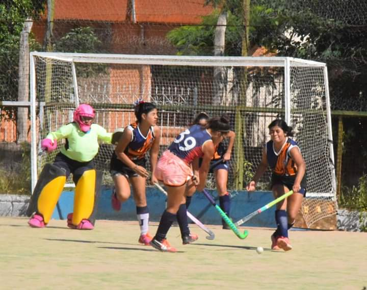 "Cierra torneo ""Nine vs Nine"" de Hockey"