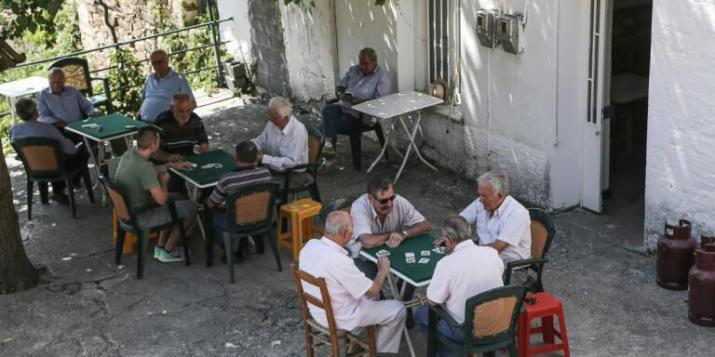 Συλλήψεις στην Κρήτη για ανοιχτά καφέ και κομμωτήρια   Radiolasithi.gr