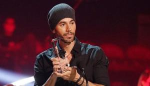 Enrique Iglesias recibe el premio 'Top Artist of all Time' en los Latin Billboard 2020