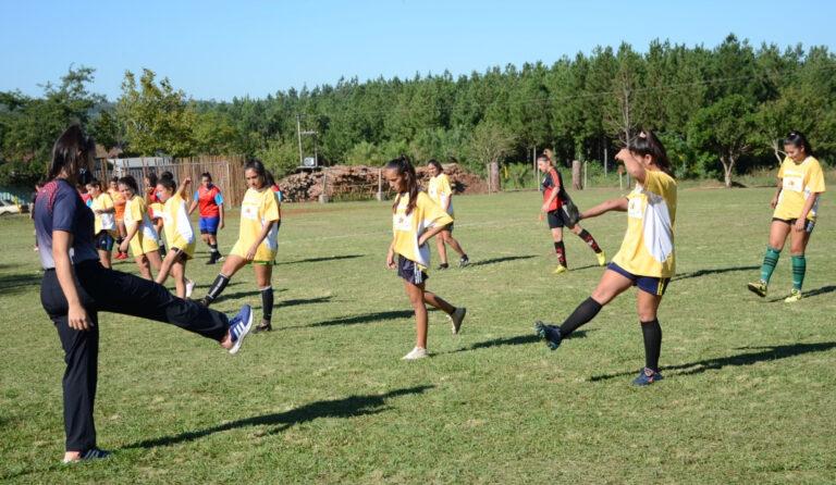 Clinicas_Futbol_Martires-2-768x446