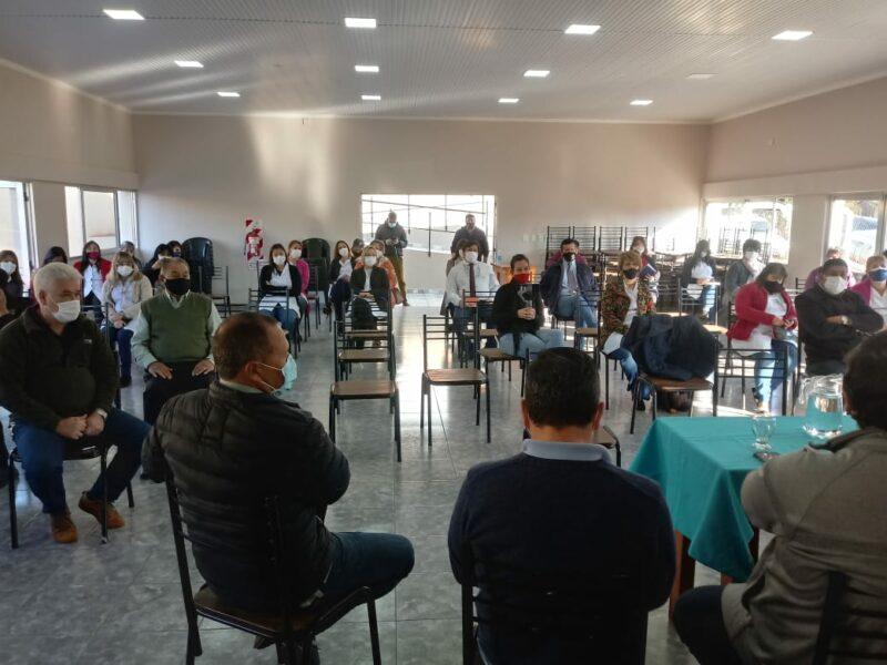 San-Vicente-reunion-con-referentes-religiosos-sociales-y-educativos-3