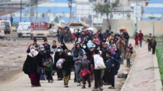 Sigue masivo éxodo en Mosul: 9000 personas en dos días - 09305769_xl-300x169