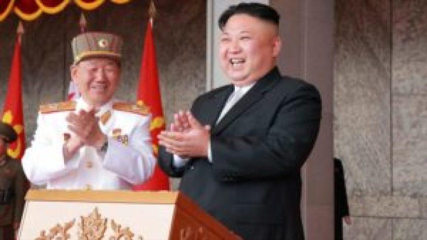 'Kim Jong-un ordena tomar de rehenes a turistas si EEUU ataca' - 01091619_xl-300x169