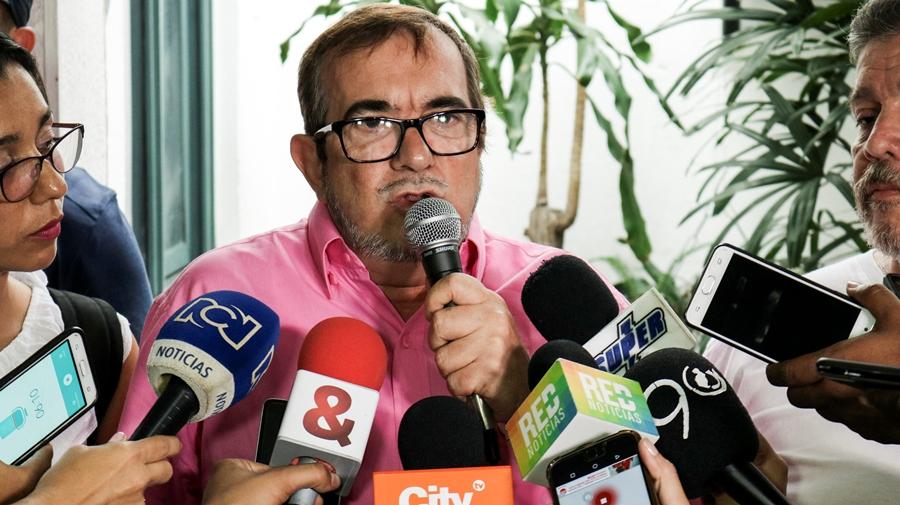 Investigados por falsos positivos protagonizan violencia contra la FARC y periodistas en Cali - Timochenko-FARC-protestas-Cali