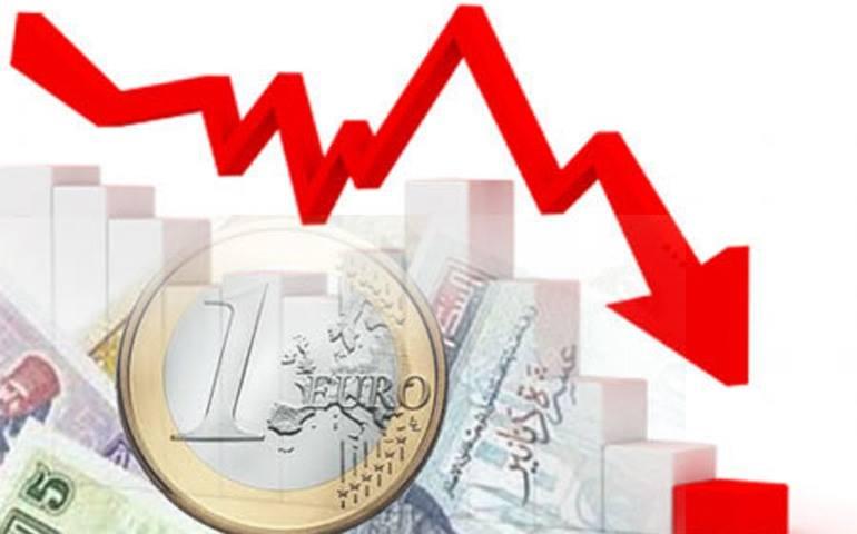 خبير اقتصادي: تونس في طريقها إلى الإفلاس وإعلان حالة الطوارئ ضروري لإنقاذها