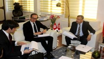 تقديم نتائج دراسة مشروع تعويض الابار العميقة بالجنوب التونسي