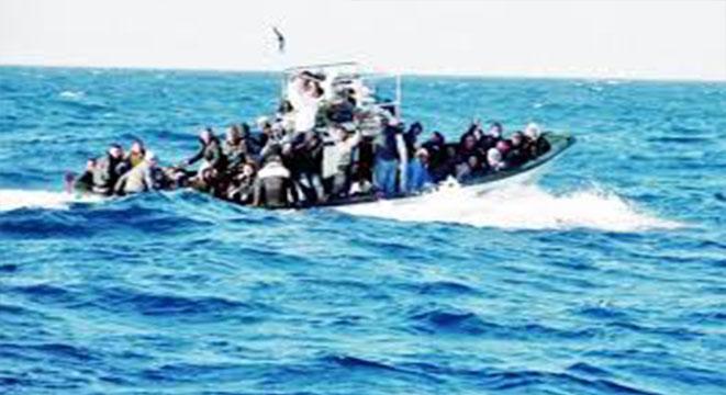 جيش البحر ينقذ 16 مجتازا للحدود البحرية