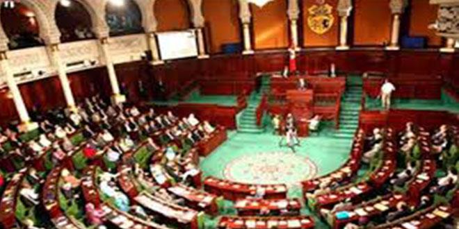 رؤساء الكتل: تفعيل إجراءات استثنائيّة لعمل المجلس رهين موافقة خلية الأزمة