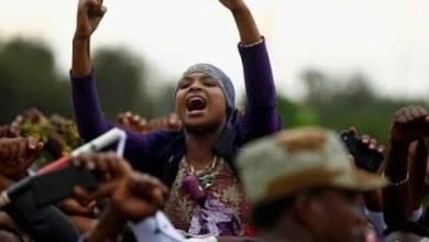 Photo of مقتل اكثر من 81 شخصاً في إثيوبيا و الحكومه الإثيوبيه تقطع الأنترنت والأتصالات