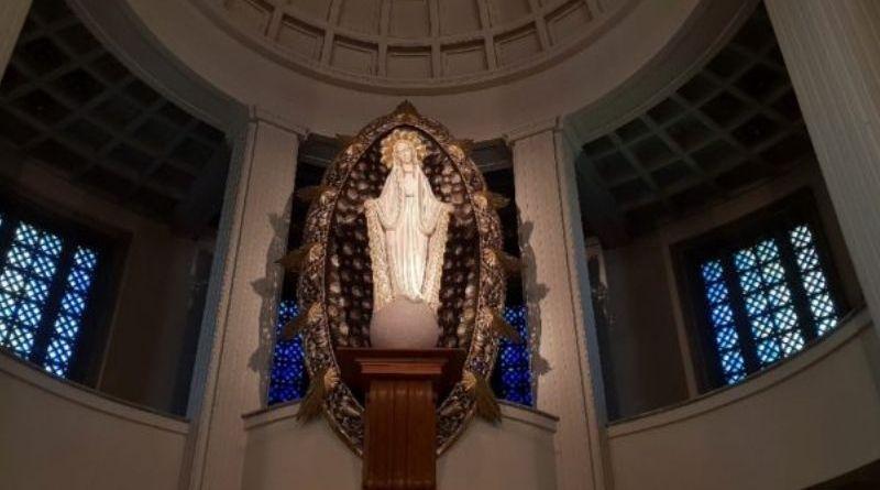 """Niepokalanów: Rekolekcje parafialne Betayfikacja33 """"Wszystko postawić na Maryję"""""""