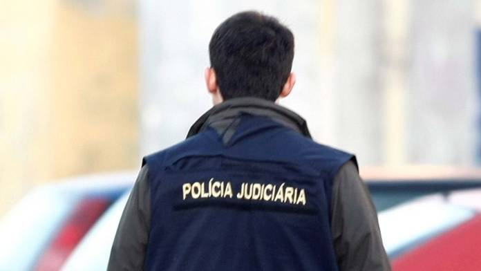 Homem encontrado morto a tiro na via pública em Vila do Conde