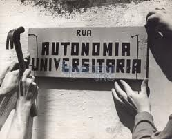 Filosofía e historia de la ciencia en relación con la autonomía y la ciencia en la universidad