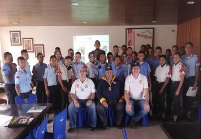 Radio Club Venezolano dicta curso a La Brigada Juvenil, del Cuerpo de Bomberos del D.C.