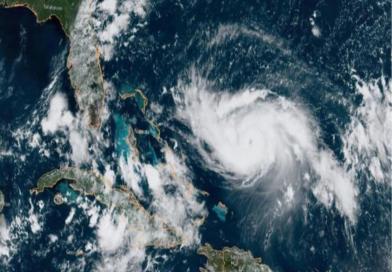 Advierten de la «triple amenaza» que podría traer a Florida el huracán Dorian.