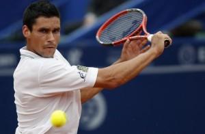 Victor Hanescu va evolua in sferturi de finala, la Doha