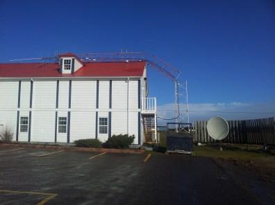 Tour de CKJM qui s'est écrasée à Chéticamp, en Nouvelle-Écosse.