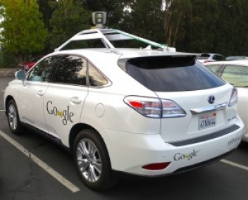 Lexus RX 450h à conduite autonome de Google