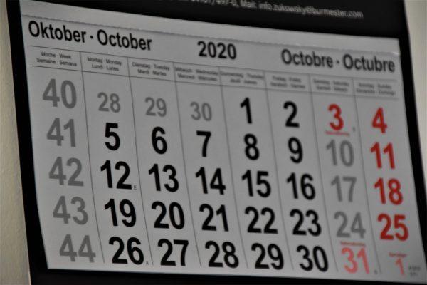 Calendrier avec une page d'un mois complet