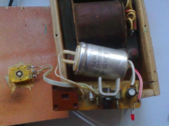 Sådan laver du en strømforsyning til 12V