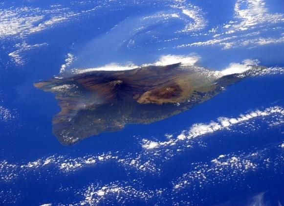 صورة لجزيرة هاواي من على متن محطة الفضاء الدولية