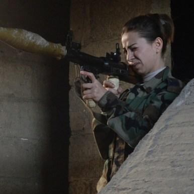 جندية في الجيش العربي السوري ببلدة الدخانية